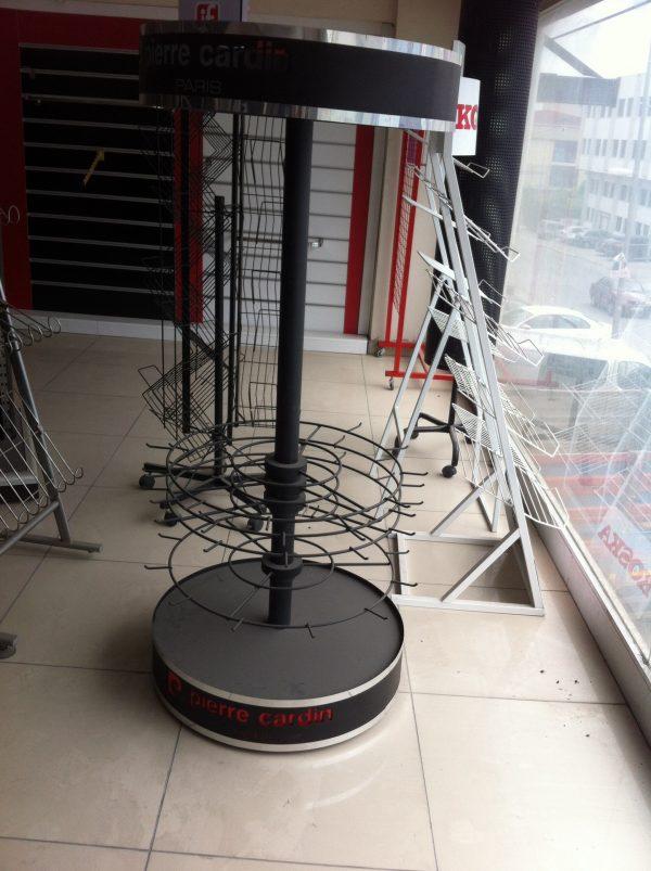 metal-tel-stand-06